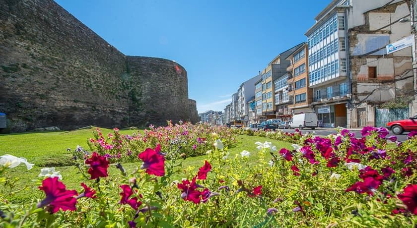 Ronda de la muralla de Lugo