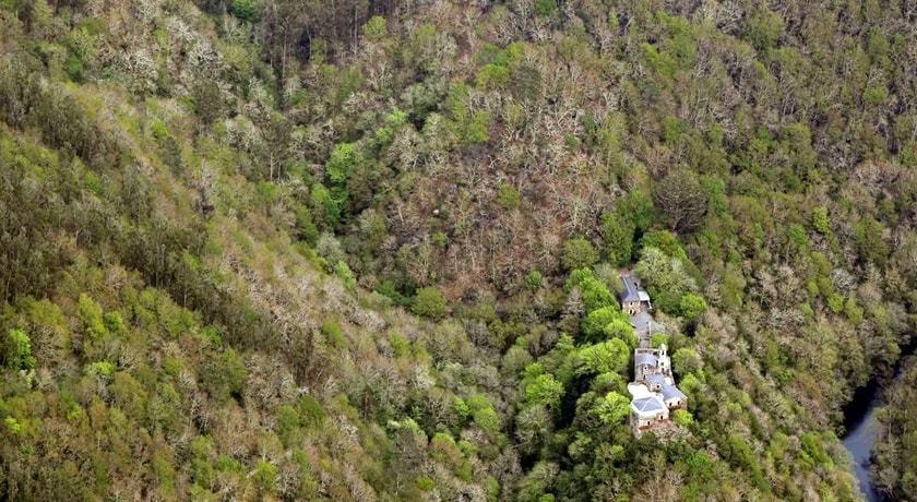 Monasterio de Caaveiro Fragas do Eume